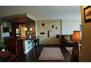 """Photo 6: 901 980 COOPERAGE Way in Vancouver: Yaletown Condo for sale in """"COOPER'S POINT"""" (Vancouver West)  : MLS®# V909936"""