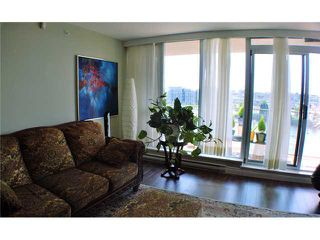 "Photo 3: 901 980 COOPERAGE Way in Vancouver: Yaletown Condo for sale in ""COOPER'S POINT"" (Vancouver West)  : MLS®# V909936"