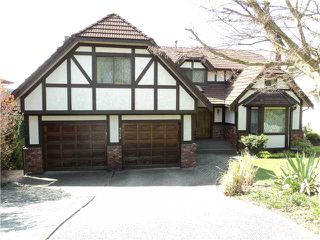 Photo 1: 2558 PEREGRINE PL in Coquitlam: Upper Eagle Ridge House for sale : MLS®# V922171