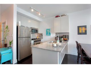 "Photo 2: # 602 298 E 11TH AV in Vancouver: Mount Pleasant VE Condo for sale in ""THE SOPHIA"" (Vancouver East)  : MLS®# V977820"