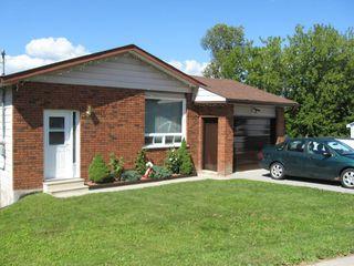 Main Photo: 586 Simcoe Street in Beaverton: Durham Freehold for sale (Brock)  : MLS®# 1339009/N2580424