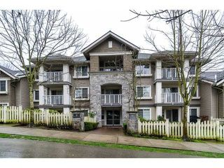 Photo 1: 307 7330 Salisbury Avenue in Burnaby: Edmonds BE Condo for sale (Burnaby South)  : MLS®# V1001819
