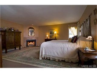 Photo 7: LUXURY REAL ESTATE FOR SALE IN ARDMORE NORTH SAANICH B.C. CANADA SOLD With Ann Watley