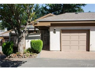Photo 3: 56 901 Kentwood Lane in VICTORIA: SE Broadmead Row/Townhouse for sale (Saanich East)  : MLS®# 658953