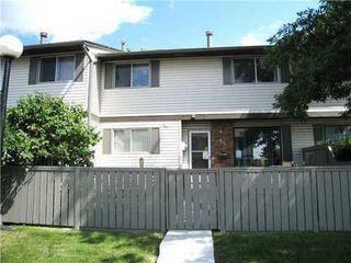 Main Photo: 35 740 BRACEWOOD Drive SW in Calgary: 2 Storey for sale : MLS®# C3488410