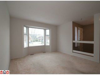 """Photo 3: 16321  13TH AV in Surrey: King George Corridor House for sale in """"SOUTH MERIDIAN"""" (South Surrey White Rock)  : MLS®# F1100387"""