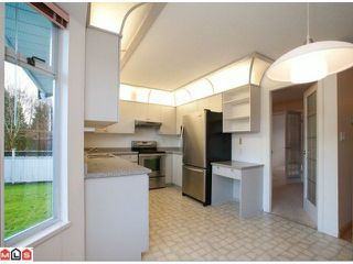 """Photo 6: 16321  13TH AV in Surrey: King George Corridor House for sale in """"SOUTH MERIDIAN"""" (South Surrey White Rock)  : MLS®# F1100387"""