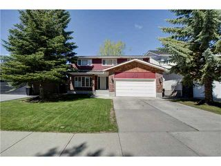 Main Photo: 35 WOODACRES Drive SW in CALGARY: Woodbine Residential Detached Single Family for sale (Calgary)  : MLS®# C3620024