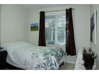 "Photo 8: 107 1375 VIEW Crescent in Tsawwassen: Beach Grove Condo for sale in ""FAIRWAY 56"" : MLS®# V1110687"