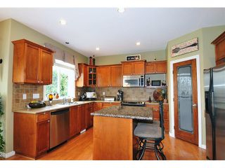 "Photo 3: 23465 109TH Loop in Maple Ridge: Albion House for sale in ""DEACON RIDGE ESTATES"" : MLS®# V1112964"
