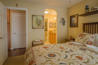 Photo 9: CLAIREMONT Condo for sale : 2 bedrooms : 5252 Balboa Arms #122 in San Diego