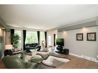 Photo 5: 103 EAGLE CREEK Drive in ESTPAUL: Birdshill Area Residential for sale (North East Winnipeg)  : MLS®# 1511283