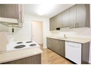 "Photo 5: 301 2567 VICTORIA Street in Abbotsford: Abbotsford West Condo for sale in ""VICTORIA COURT"" : MLS®# F1442808"