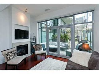 Photo 2: 1245 SEYMOUR Street in Vancouver West: Downtown VW Home for sale ()  : MLS®# V1001351