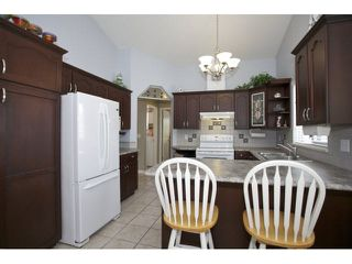 Photo 11: 215 9072 FLEETWOOD Way in Surrey: Fleetwood Tynehead Townhouse for sale : MLS®# F1447154
