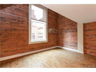 Photo 2: 207 524 Yates St in VICTORIA: Vi Downtown Condo for sale (Victoria)  : MLS®# 711722