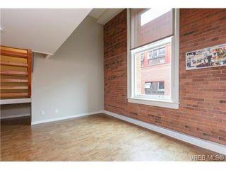 Photo 3: 207 524 Yates St in VICTORIA: Vi Downtown Condo for sale (Victoria)  : MLS®# 711722
