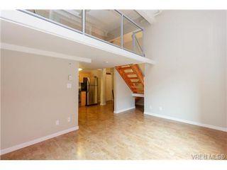 Photo 4: 207 524 Yates St in VICTORIA: Vi Downtown Condo for sale (Victoria)  : MLS®# 711722