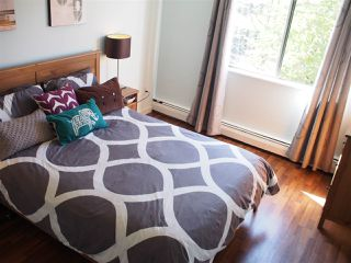 """Photo 8: 211 131 W 4TH Street in NORTH VANC: Lower Lonsdale Condo for sale in """"NOTTINGHAM PLACE"""" (North Vancouver)  : MLS®# R2004347"""
