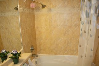 """Photo 14: 28 1010 EWEN Avenue in New Westminster: Queensborough Townhouse for sale in """"WINDSOR MEWS"""" : MLS®# R2021995"""