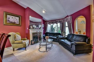 "Photo 3: 154 15501 89A Avenue in Surrey: Fleetwood Tynehead Townhouse for sale in ""AVONDALE"" : MLS®# R2063365"