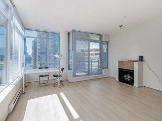 "Photo 3: 803 1211 MELVILLE Street in Vancouver: Coal Harbour Condo for sale in ""The Ritz"" (Vancouver West)  : MLS®# R2084525"