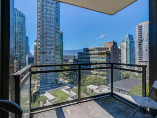 "Photo 16: 803 1211 MELVILLE Street in Vancouver: Coal Harbour Condo for sale in ""The Ritz"" (Vancouver West)  : MLS®# R2084525"