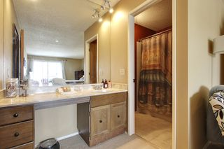 Photo 14: 417 63 Avenue SW in Lakeview Green 2: Townhouse for sale : MLS®# C3605337