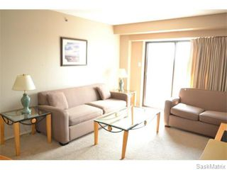 Photo 5: 803 611 University Drive in Saskatoon: Nutana Complex for sale (Saskatoon Area 02)  : MLS®# 585796