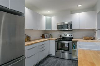 """Photo 8: 101 250 E 11TH Street in North Vancouver: Central Lonsdale Townhouse for sale in """"Easthill II"""" : MLS®# R2144633"""