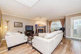 "Photo 3: 11 8855 212 Street in Langley: Walnut Grove Townhouse for sale in ""Golden Ridge"" : MLS®# R2150122"