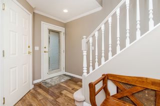 "Photo 2: 11 8855 212 Street in Langley: Walnut Grove Townhouse for sale in ""Golden Ridge"" : MLS®# R2150122"