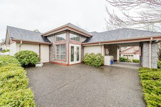 "Photo 35: 11 8855 212 Street in Langley: Walnut Grove Townhouse for sale in ""Golden Ridge"" : MLS®# R2150122"