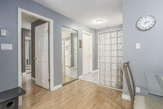 """Photo 4: 211 15268 105 Avenue in Surrey: Guildford Condo for sale in """"GEORGIAN GARDENS"""" (North Surrey)  : MLS®# R2159976"""