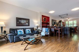 """Photo 4: 13 20326 68 Avenue in Langley: Willoughby Heights Townhouse for sale in """"Sunpointe"""" : MLS®# R2160088"""