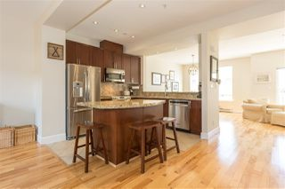 "Photo 2: 7 40632 GOVERNMENT Road in Squamish: Garibaldi Estates Townhouse for sale in ""Riverswalk"" : MLS®# R2160487"