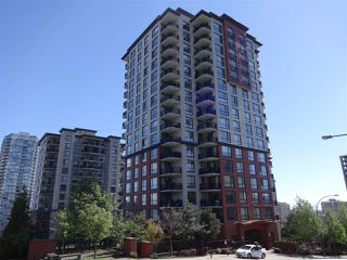 """Photo 1: 1207 814 ROYAL Avenue in New Westminster: Downtown NW Condo for sale in """"NEWS NORTH"""" : MLS®# R2164853"""