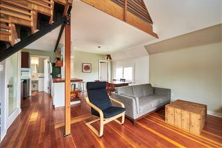 Photo 13: 2241 E PENDER Street in Vancouver: Hastings House for sale (Vancouver East)  : MLS®# R2169228