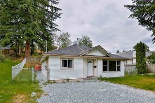 Photo 1: 33182 CHERRY Avenue in Mission: Mission BC House for sale : MLS®# R2175768
