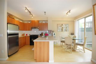 Photo 2: 61 100 KLAHANIE DRIVE in Port Moody: Port Moody Centre Townhouse for sale : MLS®# R2169896
