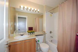 Photo 13: 61 100 KLAHANIE DRIVE in Port Moody: Port Moody Centre Townhouse for sale : MLS®# R2169896