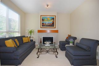 Photo 5: 61 100 KLAHANIE DRIVE in Port Moody: Port Moody Centre Townhouse for sale : MLS®# R2169896