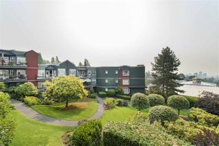 Photo 2: 401 121 W 29TH Street in North Vancouver: Upper Lonsdale Condo for sale : MLS®# R2195769