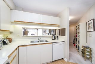 Photo 9: 401 121 W 29TH Street in North Vancouver: Upper Lonsdale Condo for sale : MLS®# R2195769