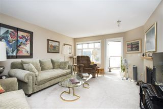 Photo 4: 401 121 W 29TH Street in North Vancouver: Upper Lonsdale Condo for sale : MLS®# R2195769