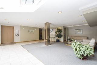 Photo 18: 401 121 W 29TH Street in North Vancouver: Upper Lonsdale Condo for sale : MLS®# R2195769