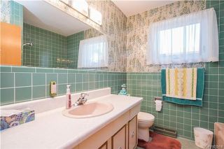 Photo 12: 72 Garnet Bay in Winnipeg: East Fort Garry Residential for sale (1J)  : MLS®# 1723709