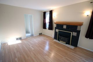 Photo 2: 177 Kimberly Avenue in Winnipeg: Fraser's Grove Residential for sale (3C)  : MLS®# 1725122
