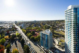 """Photo 10: 2704 488 SW MARINE Drive in Vancouver: Marpole Condo for sale in """"MARINE GATEWAY"""" (Vancouver West)  : MLS®# R2211706"""
