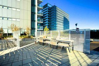 """Photo 18: 2704 488 SW MARINE Drive in Vancouver: Marpole Condo for sale in """"MARINE GATEWAY"""" (Vancouver West)  : MLS®# R2211706"""